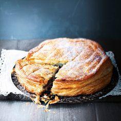 Découvrez la recette Galette des rois à la pâte à tartiner sur cuisineactuelle.fr.