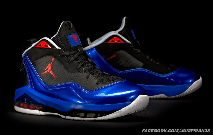 Carmelo Anthony First Shoes
