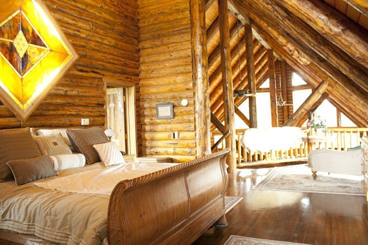 Loft Bedroom In Log House Home Log Homes Pinterest