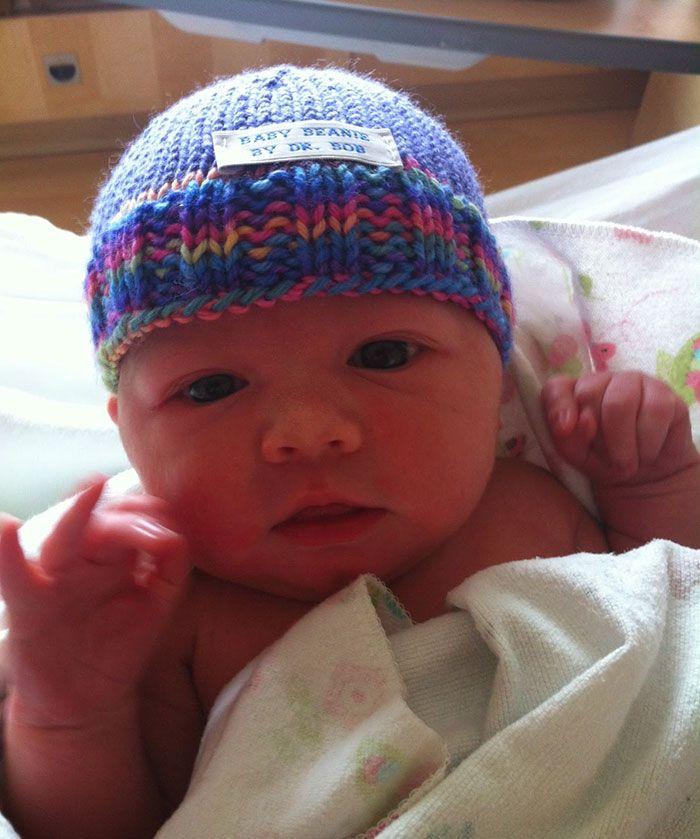 Hayden beanie by knitting Doctor Robert Sansonetti - PHUNRISE