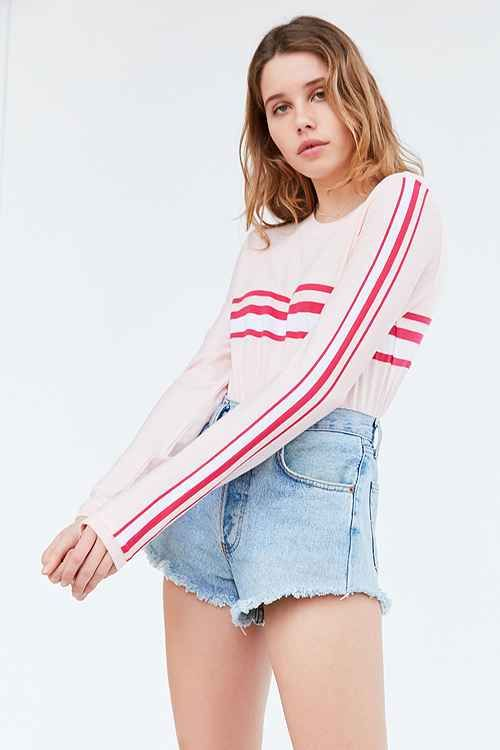 Check out Urban Outfitters basic tees collection. We have all the essential t-shirts you need for layering under things and as staple wardrobe pieces.