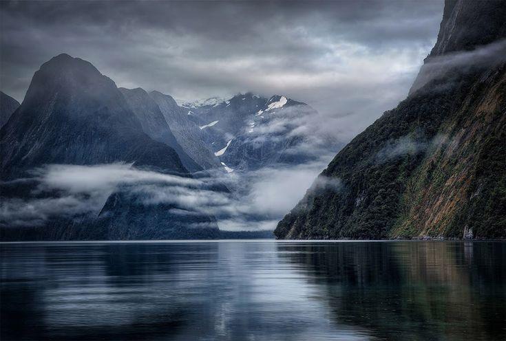 Milford Sound, New Zealand. © Karen Hutton. http://onebigphoto.com/milford-sound-new-zealand