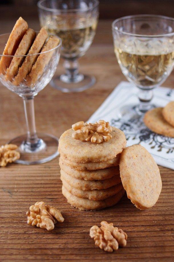 Cheddar Walnut Crackers @Patty Price / Patty's Food