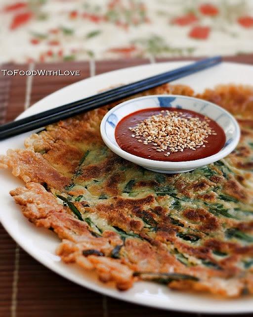 Buchujeon (Garlic Chive Pancake) with Gochujang Dipping Sauce