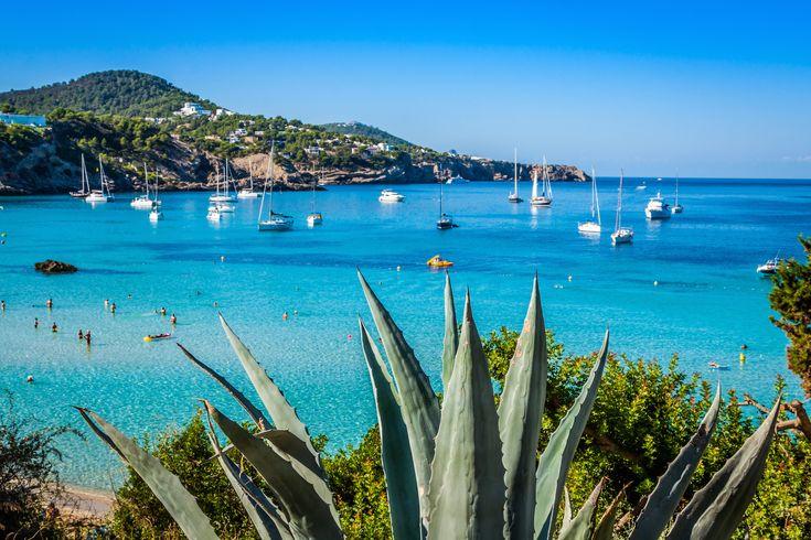 Ibiza All Inclusive: 1 Woche im Strandhotel ab 468€ mit Flügen, Transfer &…