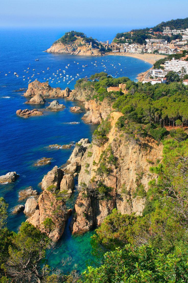 Tossa de Mar - Costa Brava, Catalonia, Spain http://girona.shuttlespaintransfers.com/