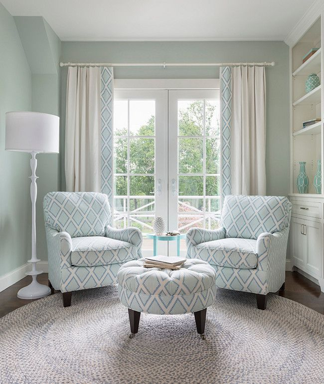 Bedroom Seating Ideas For Small Spaces In 2020 Bedroom Seating Area Bedroom Seating Bedroom Furniture Layout