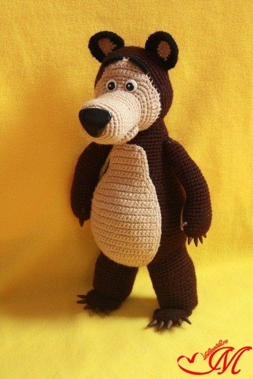 Представляем вашему вниманию схему вязания и описание Медведя из м/ф Маша и Медведь. Запасайтесь пряжей и терпением!