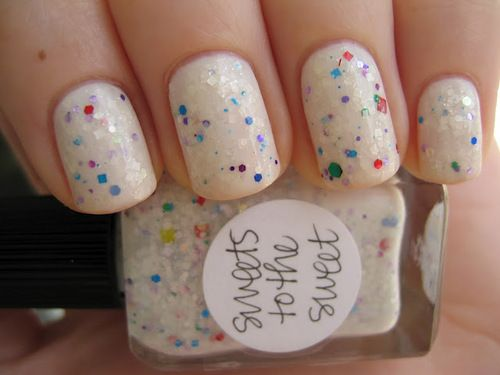 : Cakes Batter, Confetti Nails, Nails Art, Nailpolish, Confetti Cakes, Glitter Nails, Nails Polish, Sweet Nails, Birthday Cakes