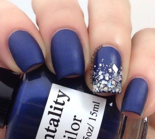 Azul obscuro mate.... glitter plata...