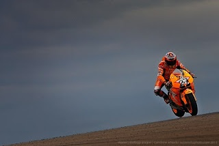 Casey Stoner #in Aragon for the MotoGP in a rather avent garde colour scheme...