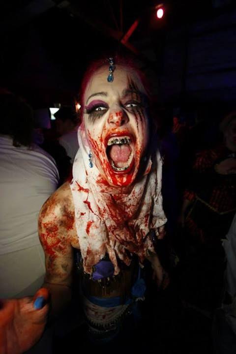 Halloween Party 2013 - Grusellabyrinth Kiel, Germany | Photo via Facebook https://www.facebook.com/photo.php?fbid=656333007730994&set=pb.184015754962724.-2207520000.1383762483.&type=3&src=https%3A%2F%2Ffbcdn-sphotos-a-a.akamaihd.net%2Fhphotos-ak-prn2%2F1383996_656333007730994_1490725901_n.jpg&size=640%2C960