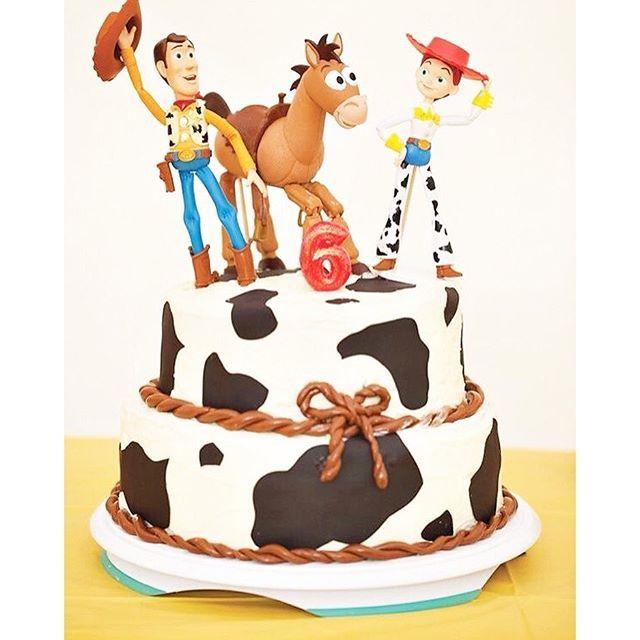 Manon a choisi son thème d'anniversaire pour ses 8 ans en juin... Le theme cowgirl de toys story ❤️ je trouve cette idée top, il y a 1001 activités possibles, je peux déguiser Maé en Mr Patate  bref j'ai hâte  du coup je cherche un endroit à Paris pour lui faire une fête au top un peu clé en main et un pro du cake design, n'hésitez pas à me tagguer vos bons plans  update: si quelqu'un a déjà fait un anniversaire chez #happyfamilies