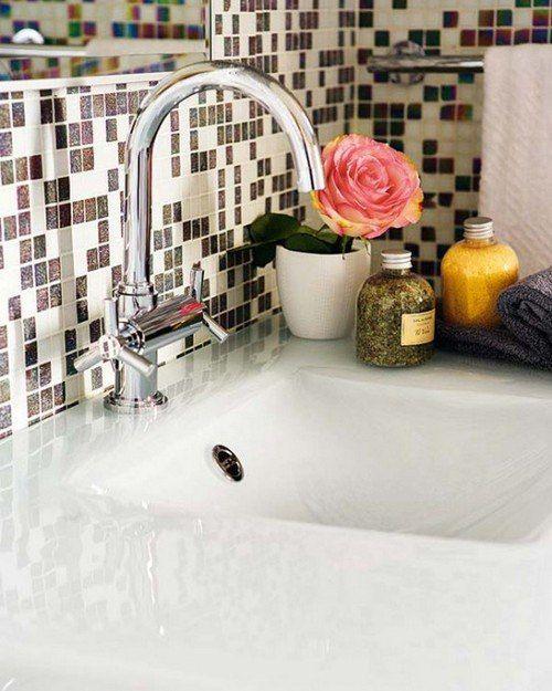 Задумались о ремонте в ванной или на кухне, но не можете выбрать нужный материал для стен? Обратите внимание на мозаику. Она способна оживить интерьер и превратить комнату в настоящий шедевр. Обладает высокой прочностью, долговечностью и способностью выдерживать любые внешние воздействия: http://santehnika-tut.ru/mozaika/  #санузел #плитка #сантехника