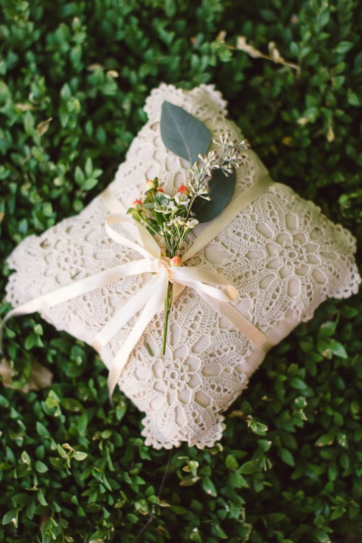 Crochet Ring Pillow | Diana Lupu Photography https://www.theknot.com/marketplace/diana-lupu-photography-fort-lauderdale-fl-762804 | Ravisloe Country Club https://www.theknot.com/marketplace/ravisloe-country-club-homewood-il-442986