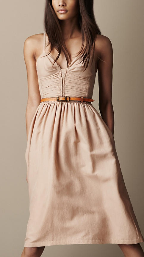 Vestido en mezcla de seda con canesú fruncido   Burberry