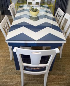 Flea Market Flip Lara Spencer | ... old table found at a flea market. Love the navy + white color scheme