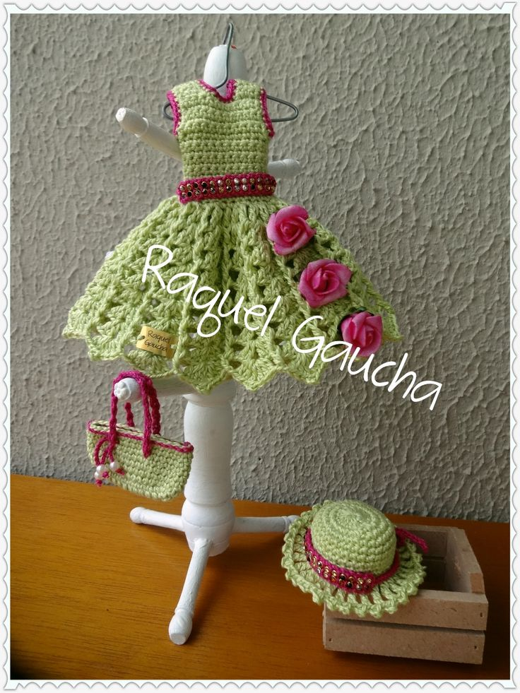 #CamilaFashion #Crochet #Doll #Barbie #Muñeca #Vestido #Dress #Purse #Bolsa #Chapéu #Sombrero #Hat #RaquelGaucha