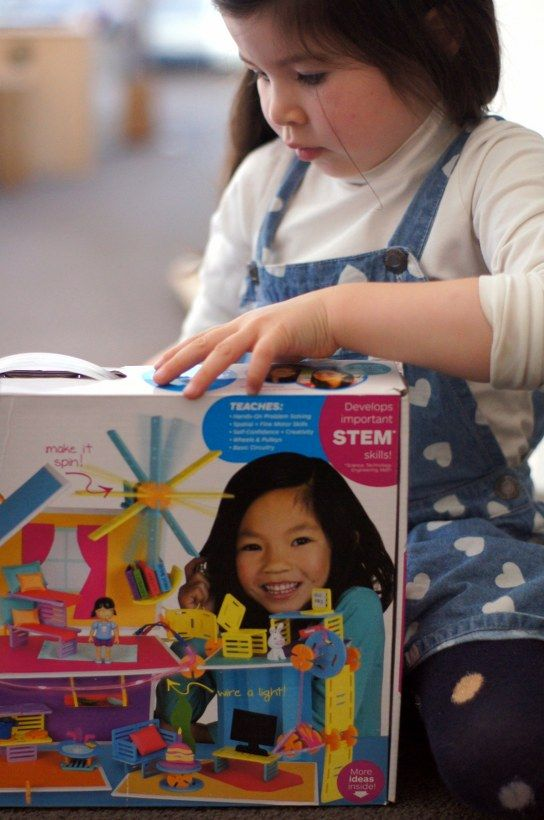 Roominate are building toys designed to encourage girls to get excited about STEM (science, technology, engineering, mathematics). It's an open-ended building set you can design, build and even wire with electrical components! http://bit.ly/roominatetoy
