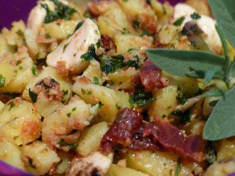 Verboten gut ⚠: Italienischer Kartoffelsalat mit Paradeiser ~ Pesto