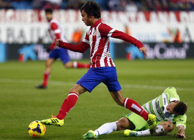 Oliver Torres regatea en un metro cuadrado a Alexis y le parte la cintura en dos o tres trozos (pendientes del parte medico...) Atleti