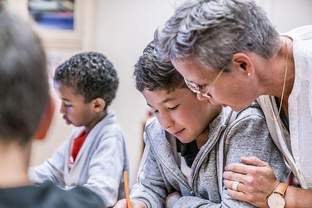 Ny Artikel (Pennsvärdet- ett nytt pris till lärare) har blivit publicerat på IT-Pedagogen.se - http://it-pedagogen.se/pennsvardet-ett-nytt-pris-till-larare-som-framjar-elevers-kreativitet-sprakutveckling-och-kritiska-tankande/ -  #Berättarministeriet, #Lärare, #Pennsvärdet, #Pris, #Socioekonomiskt