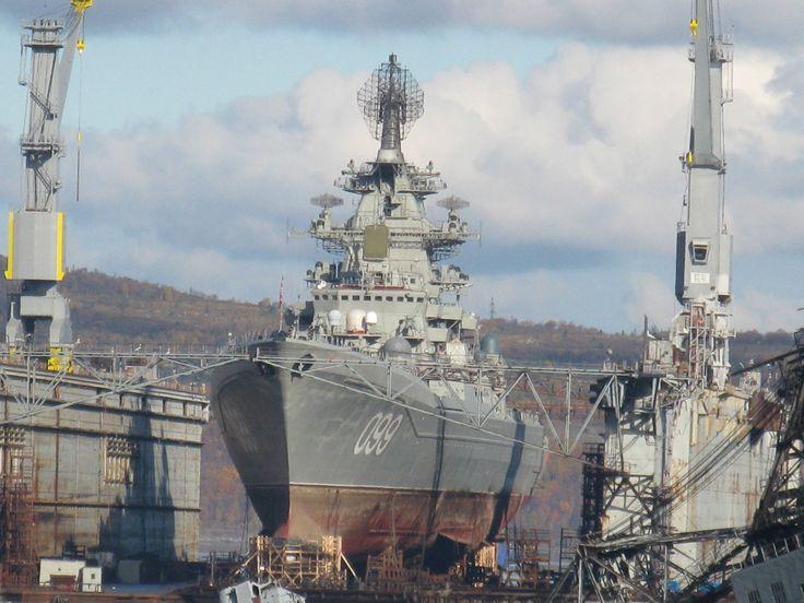kirov class battlecruiser pyotr velikiy in dry dock 3648 2736