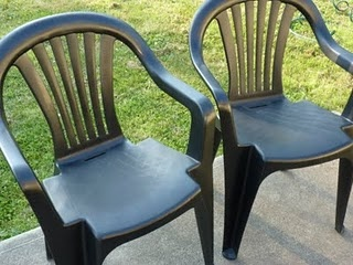 Spray Painted Plastic Chairs · Outdoor ProjectsGarden ProjectsPainting ...