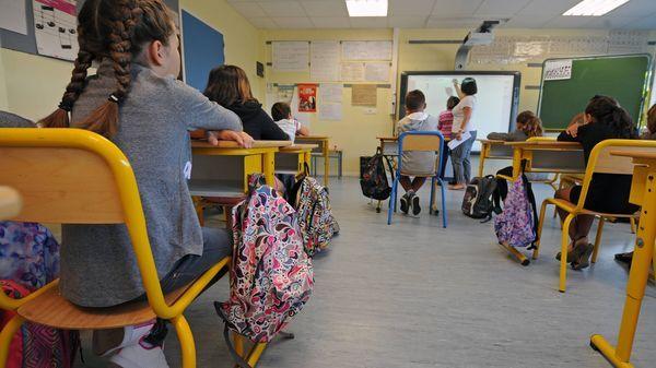 """Céline Alvarez : """"Le système scolaire entrave le fonctionnement naturel de l'enfant"""" (France Inter)"""