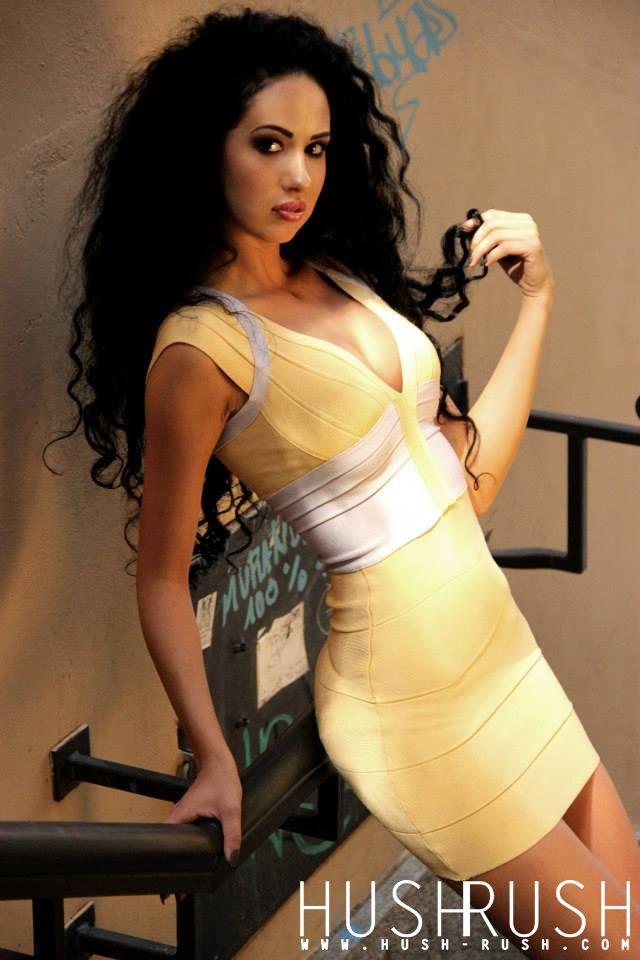 GLAMOUR #glamour #photography #fotografia #curlyhair #beautiful #woman #kobieta #photooftheday #follow #hushrushphoto #hushrush www.hush-rush.com