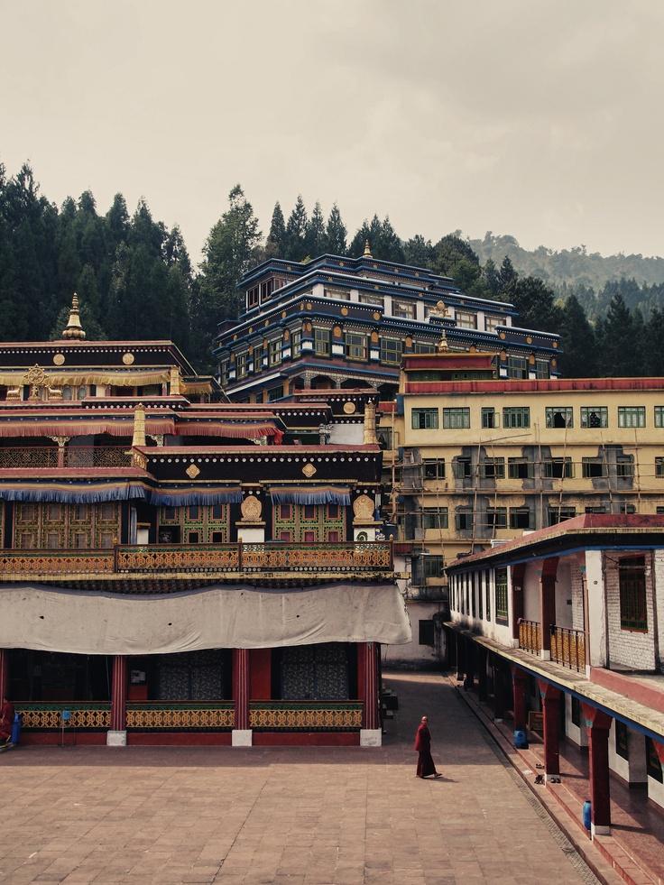 Rumtek Monastry Gangtok. Surrender yourself to the spirituality of this monastery in Gangtok!