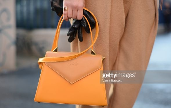 Castamusa EDIE bag - Streetstyle at Milan Fashion Week.  Bicolor leather bag in yellow & mustard, Made In Italy.