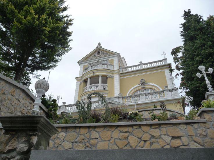 Rezidenciának alkalmas neobarokk villa eladó Budapesten