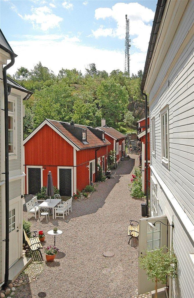 Bostadsrätt till salu på Tullportsgatan 7A, 1 tr i Norrtälje - Mäklarhuset så mysigt!
