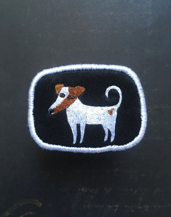 Textile Dog Brooch with funny Smooth Fox Terrier  by MakikoArt #makikoart #embroidery #patch #brooch #foxterrier #smoothfox #terrier #dogs #funnydog #handstitched #textile #jewelry #fiberart #threadpaintiing #threadart #thread #illustration