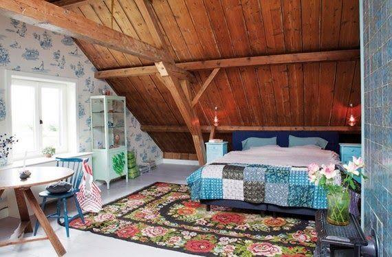 decoracao de interiores de casas de campo : decoracao de interiores de casas de campo:quarto no sótão: Wooden Houses, Farms Houses, Attic Bedrooms