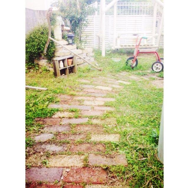 ブランコ/DIY 井戸風/ヒメイワダレソウ/DIY レンガ小道/Garden*…などのインテリア実例 - 2014-05-02 23:30:44 | RoomClip(ルームクリップ)