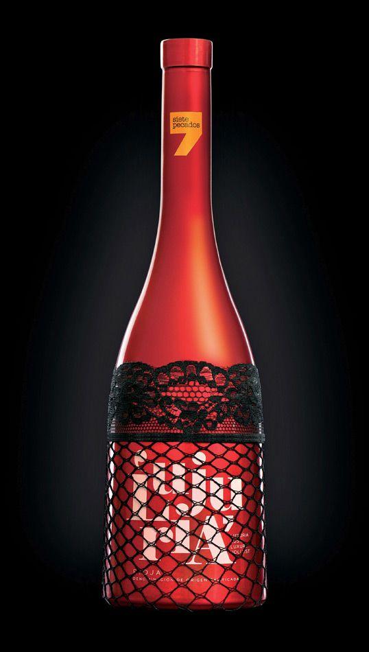Os sete pecados capitais são os elementos utilizados nas garrafas de vinho da Rioja, Espanha. #packing #design #embalagem
