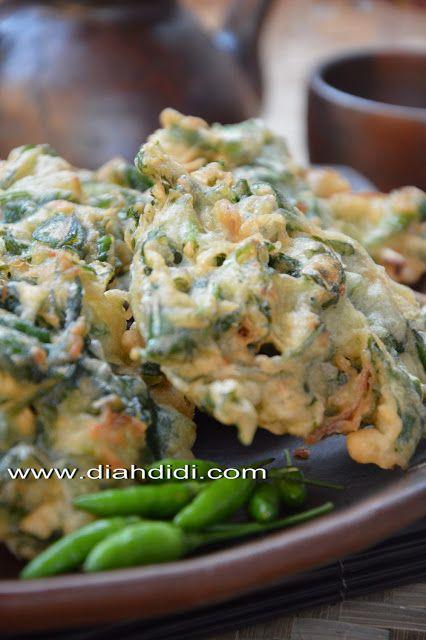 Diah Didi's Kitchen: Bakwan Kangkung..Enak Juga Lho..^^
