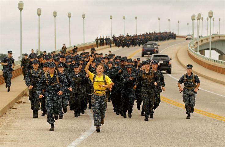 us naval academy | United States Naval Academy freshmen endure 14-hour Sea Trials ...