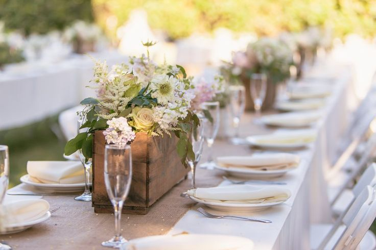 Country Rustic Wedding Tables