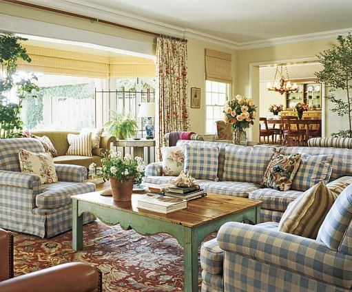 California beach house..love the green table.  I have a green plaid couch  like this, but the pillow backs have roses, so its changable.   This is a beatufiul room.
