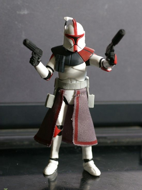 ToyzMag.com » Star Wars The Vintage Collection: Captain Fordo (ARC Trooper Commander)