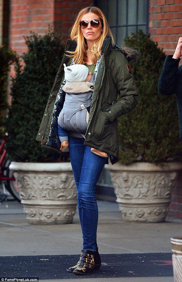 Brooklyn Decker carries baby Hank on her front for NYC stroll | Daily Mail Online