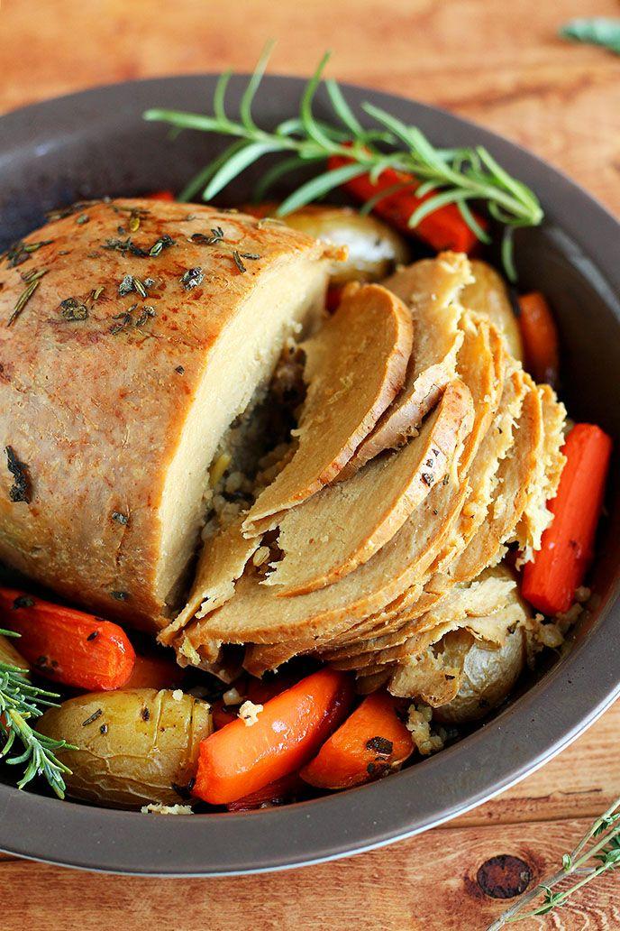 How to Cook a Tofurky Roast - ilovevegan.com #vegan #vegetarian #thanksgiving #christmas #tofurky