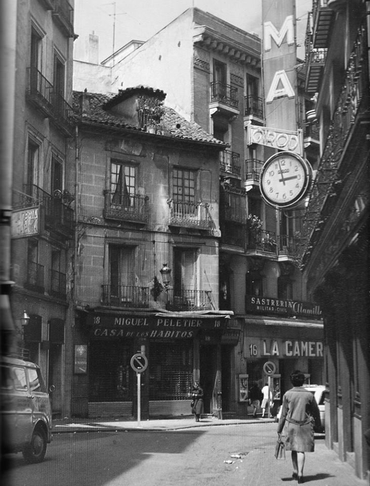 296 best madrid in black and white images on pinterest old pictures old photography and spain. Black Bedroom Furniture Sets. Home Design Ideas