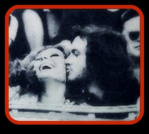 Camilo Sesto y Rocío Jurado en una plaza de toros, años 70.