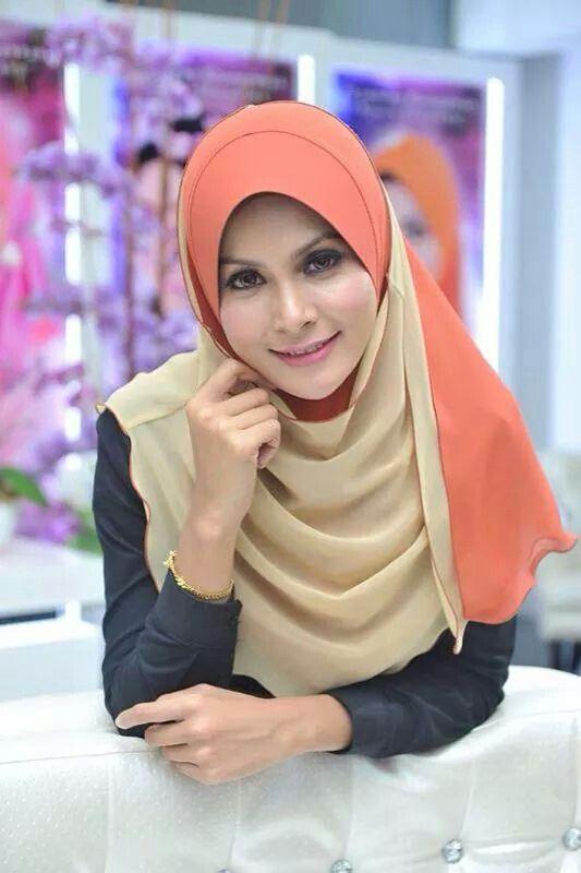 Tudung Fareeda Noura