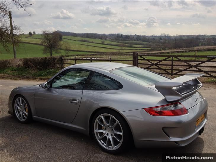Used 2007 Porsche 911 GT3 [997] GT3 For Sale In Berkshire | Pistonheads