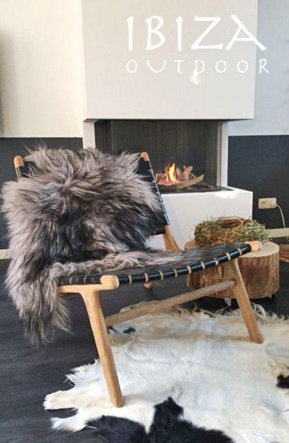 Leuke foto van anneke ontvangen met de ushuaia vintage lounge stoel met zwart leer, love! bij interesse mail naar ibizaoutdoor@gmail.com ook voor een afspraak in de loods.